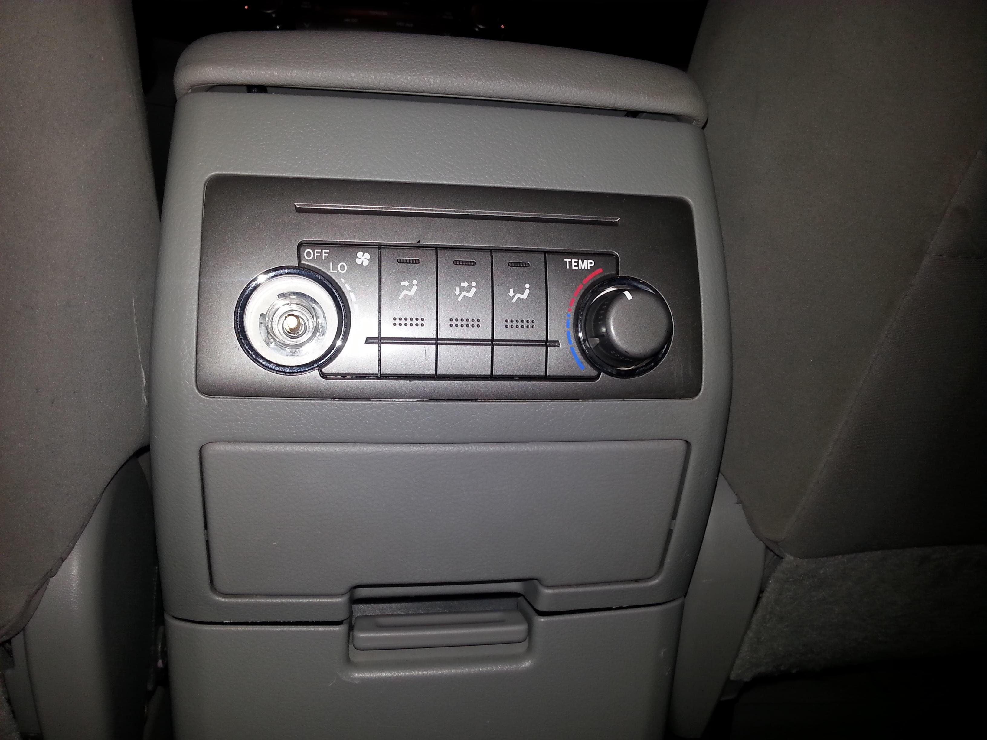 2010 Highlander Rear Temperature Control Knob Toyota