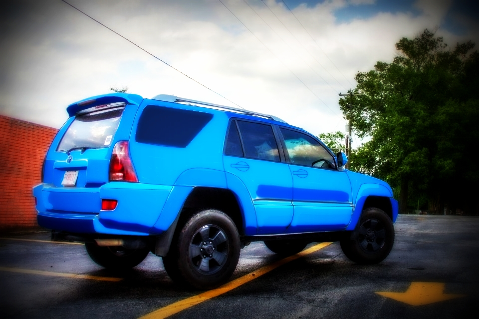 4th gen 4runner with a speedway blue metallic paint job toyota nation forum toyota car and. Black Bedroom Furniture Sets. Home Design Ideas