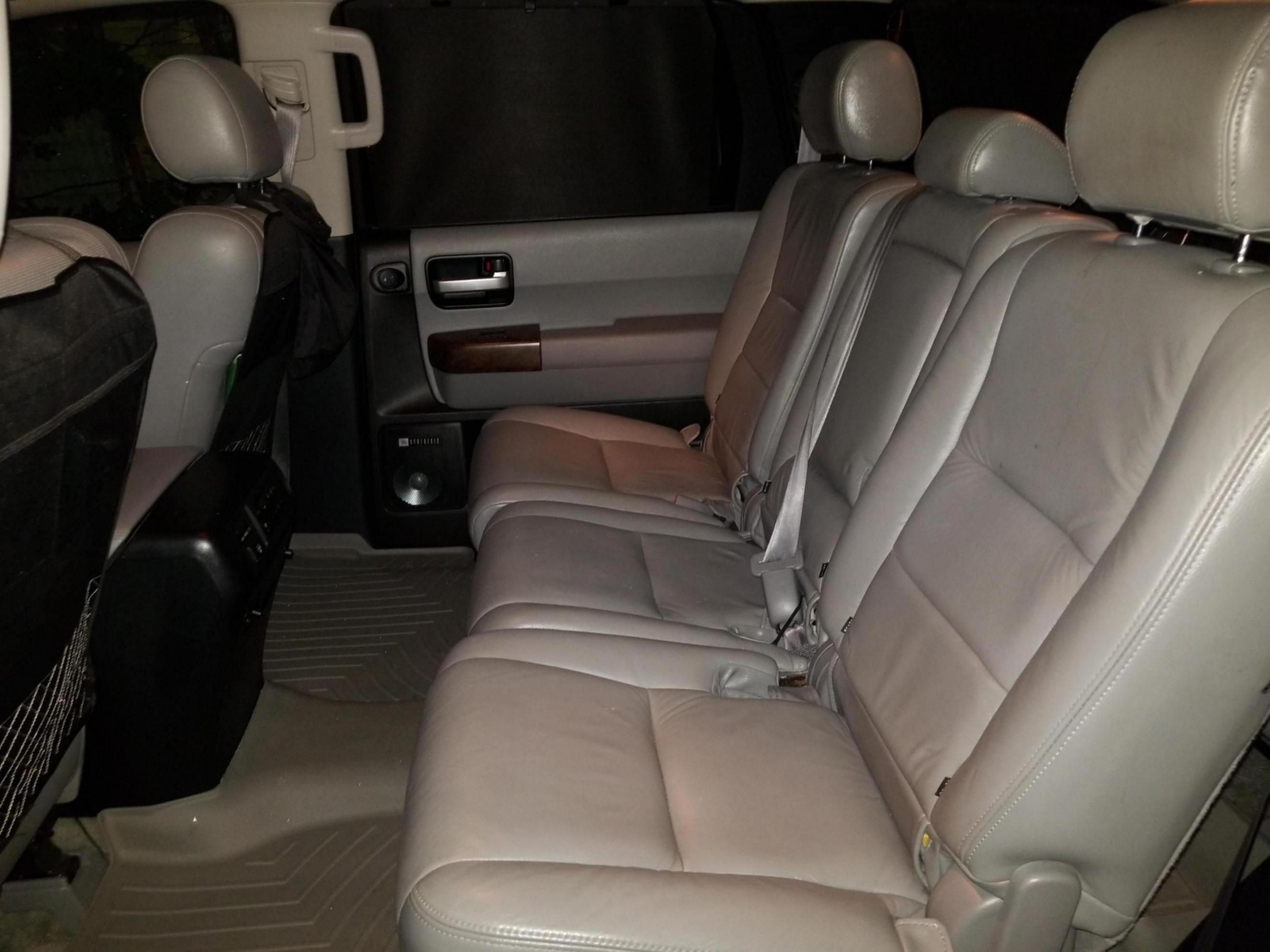2018 toyota sienna 2nd row seat removal