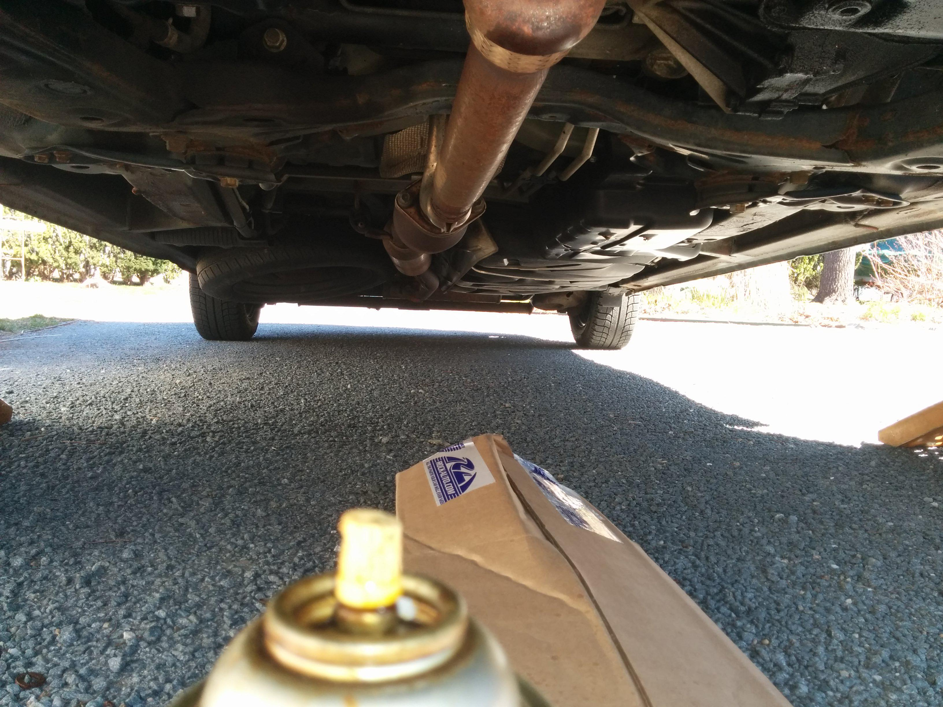Pic as well Oxygen Sensors Cat X moreover Maxresdefault furthermore D Bank Sensor P Fix Img furthermore Cat Location. on 2004 toyota sienna catalytic converter location