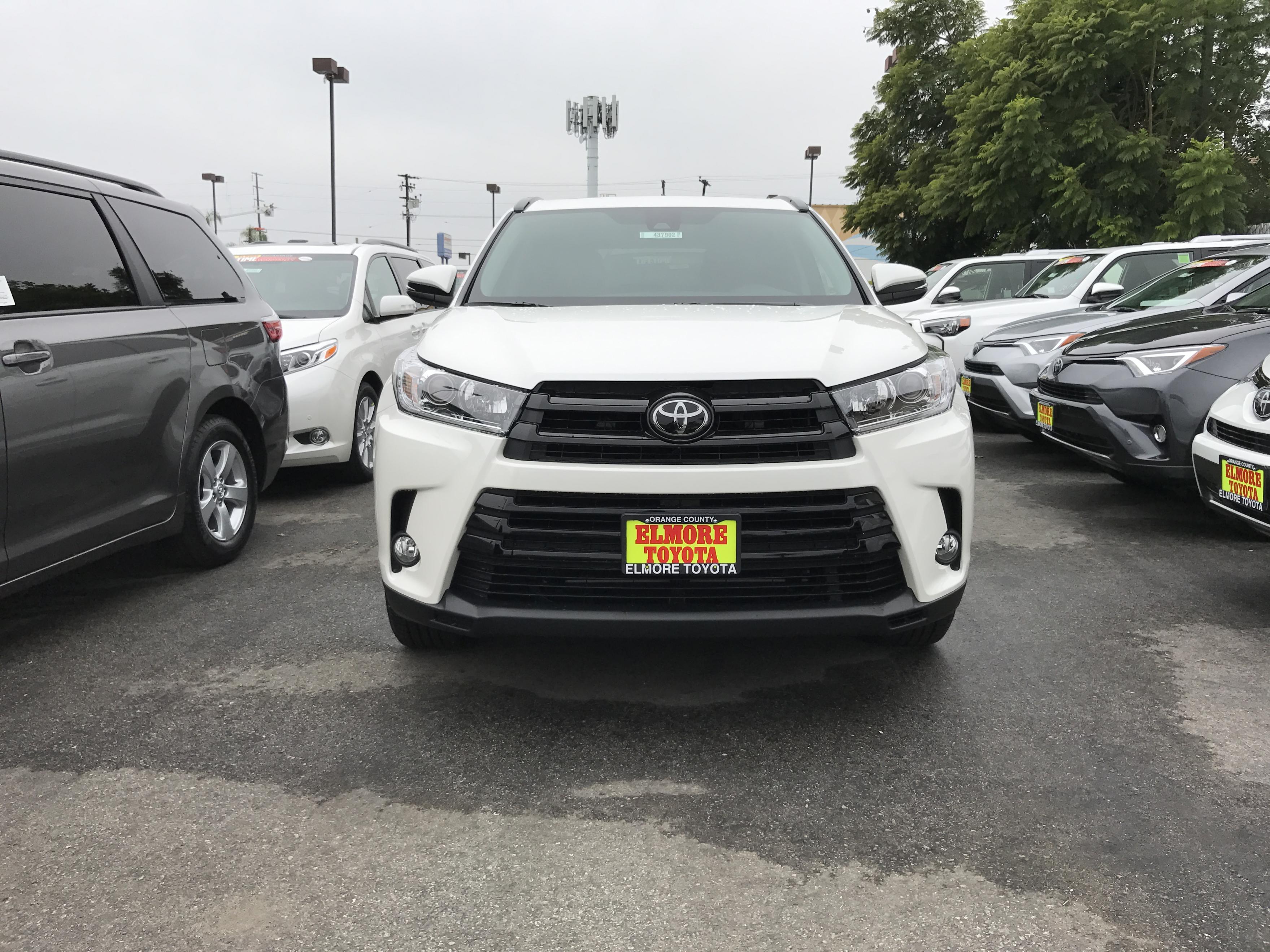 2017 Highlander Retrofit The Se Black Grill Toyota