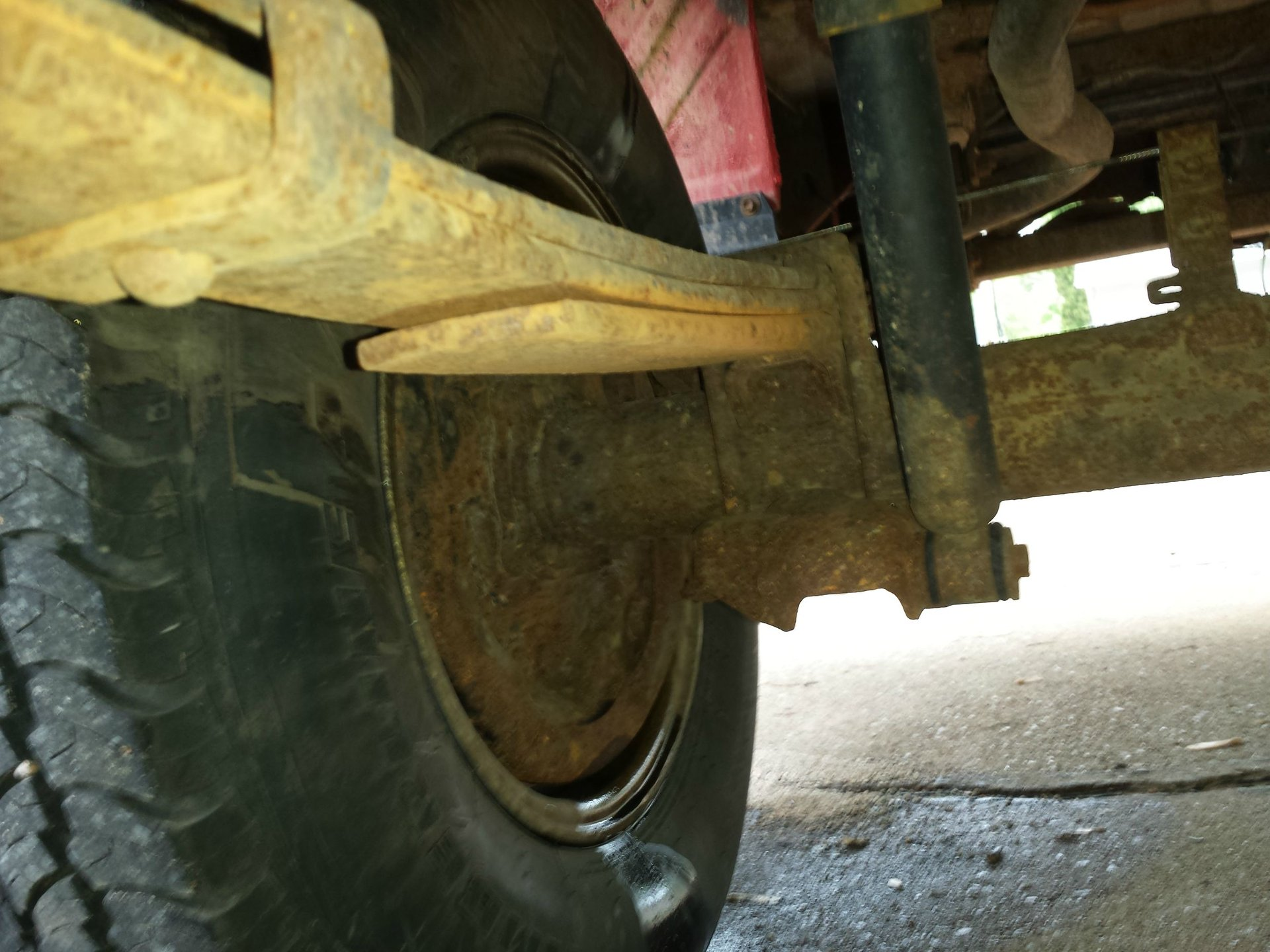 rear axle seal leaking and clunking noise | Toyota Nation Forum