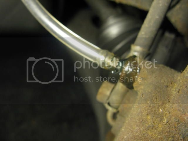 DIY 2003-2008 Corolla, Matrix, Pontiac Vibe Brake Fluid