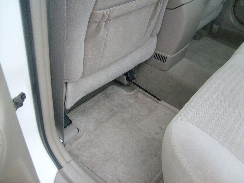 Drivers Seat Problem Toyota Nation Forum, How To Fix A Stuck Manual Car Seat
