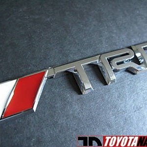 TRD badge to the frontgrill...